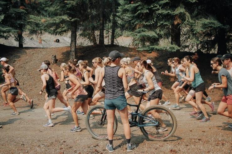 Elizabeth Carey running IMG_2508